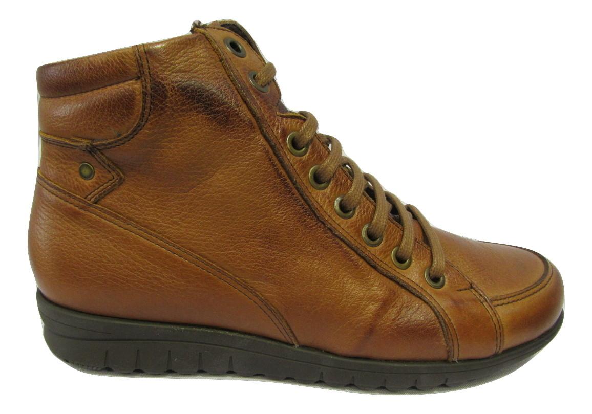 Boots cuir marron PITILLOS lacets et zip intérieur