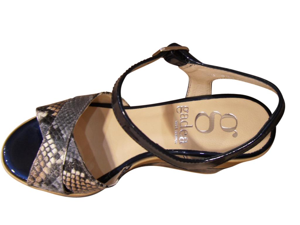 Sandale/nu-pied GADEA cuir bleu talon compensé/bloc.
