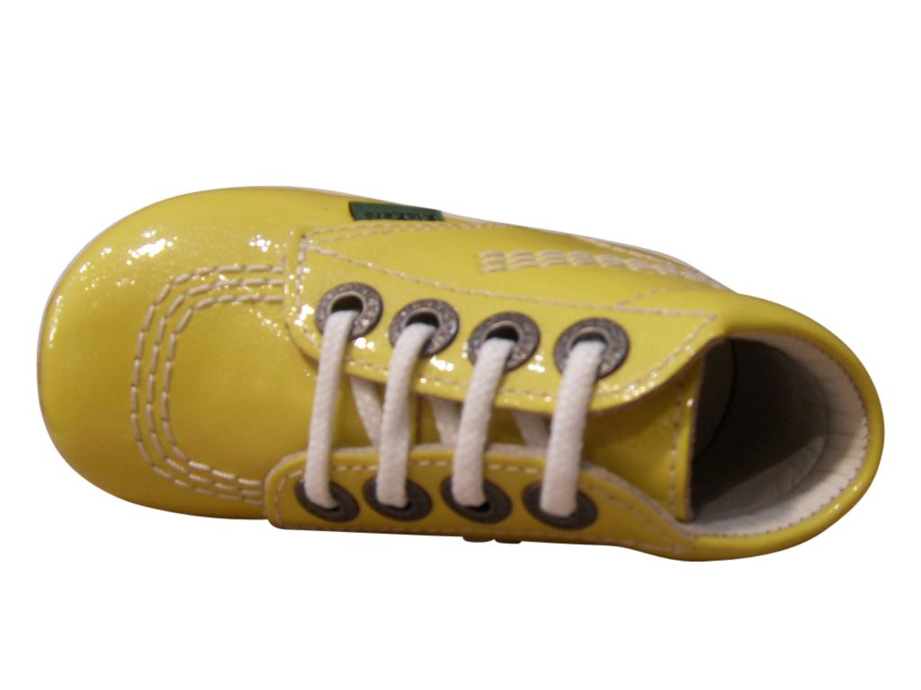 Bottillon à lacets premiers pas KICKERS jaune