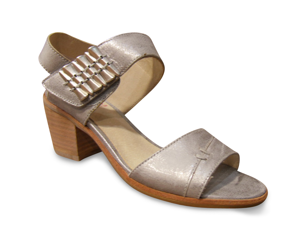 Nu-pieds UN MATIN D'ETE cuir gris acier