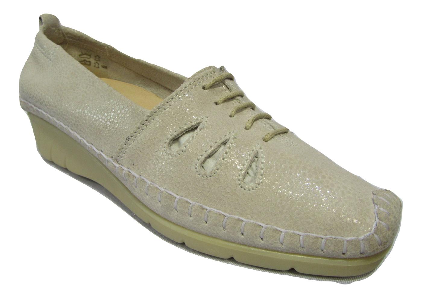 Chaussure confort/pieds sensibles cuir LUXAT blanc casse talon compensé