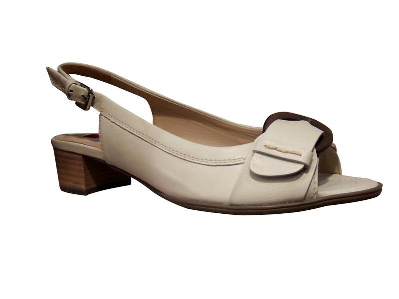 Sandales HOGL en cuir beige