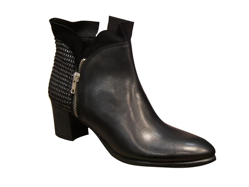Bottines/boots MYMA en cuir noir