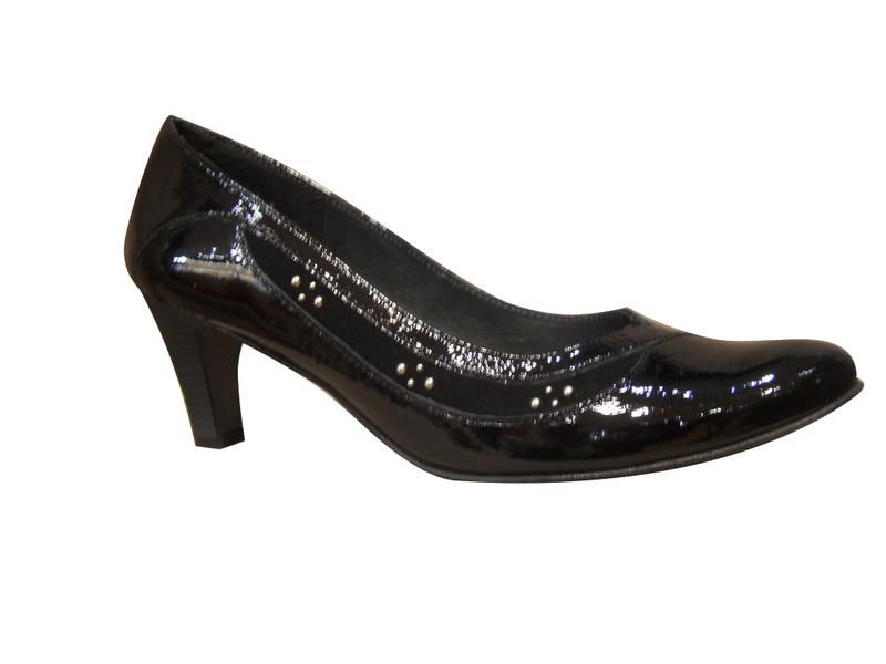 escarpins un tour en ville cuir vernis noir escarpins classiques escarpins chaussures pour. Black Bedroom Furniture Sets. Home Design Ideas