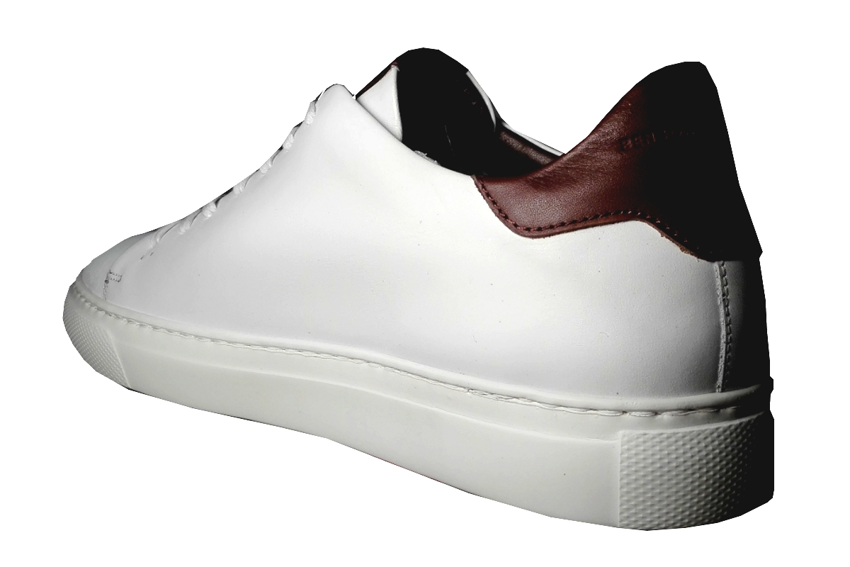 Tennis Sneaker Blanche, cuir de Benson & Cherry    NEW