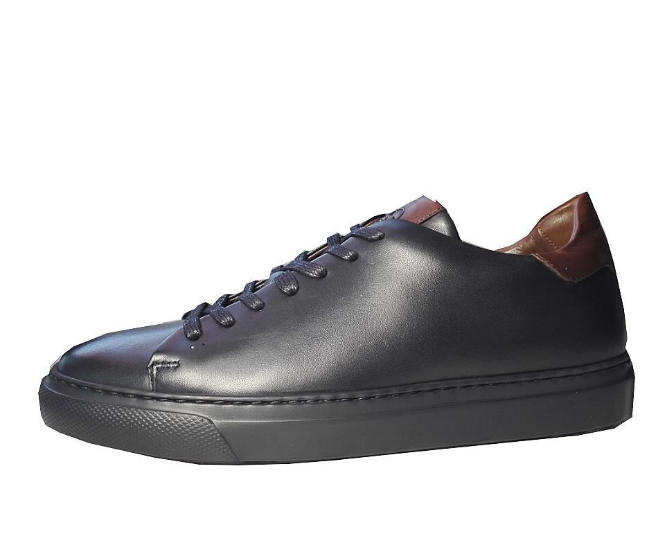 Tennis Sneaker Noire, en cuir de Benson & Cherry    NEW